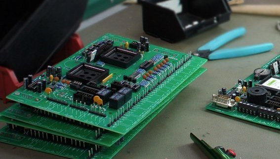 How to Select Printed Circuit Board (PCB) Manufacturers